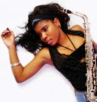 Musician Mamina