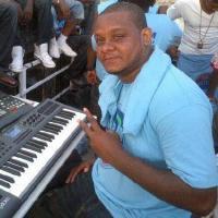 Musician Knaggs